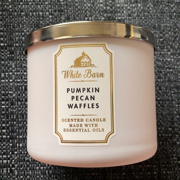 Pumpkin pecan waffles - BBW 3 Wick